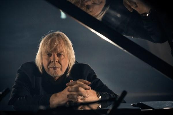 rick-wakeman-piano-portraits-photo-1