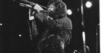 chicago band horns