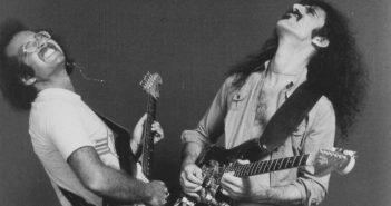 Steve Rosen and Frank Zappa - Photo: Neil Zlozower
