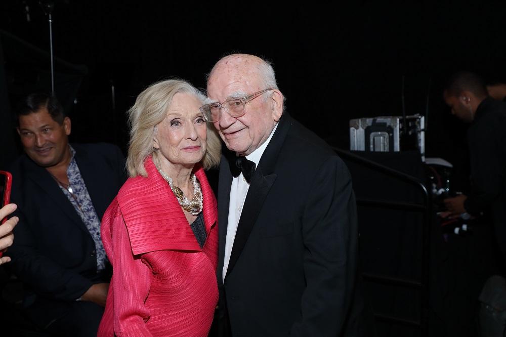 Cloris Leachman & Ed Asner at Asner's 90th Birthday (Photo: Greg Grudt/Mathew Imaging)
